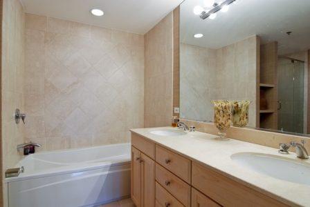 photo master bath