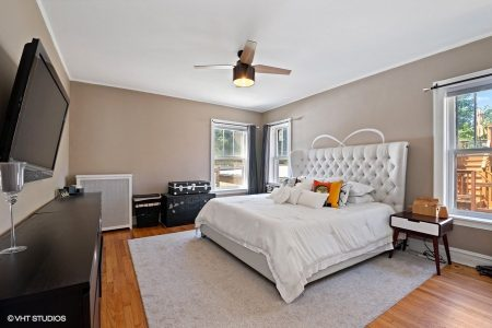 16_2043-W-Farwell-Ave_Unit-1W_14_Master-Bedroom_Web